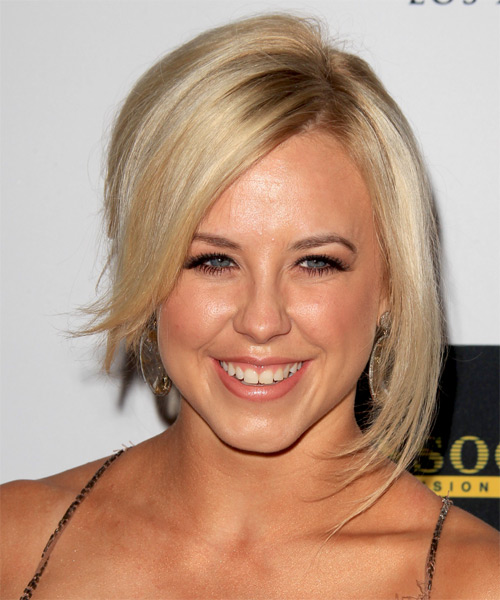Chelsea Hightower Short Straight Alternative Hairstyle - Light Blonde (Golden) Hair Color