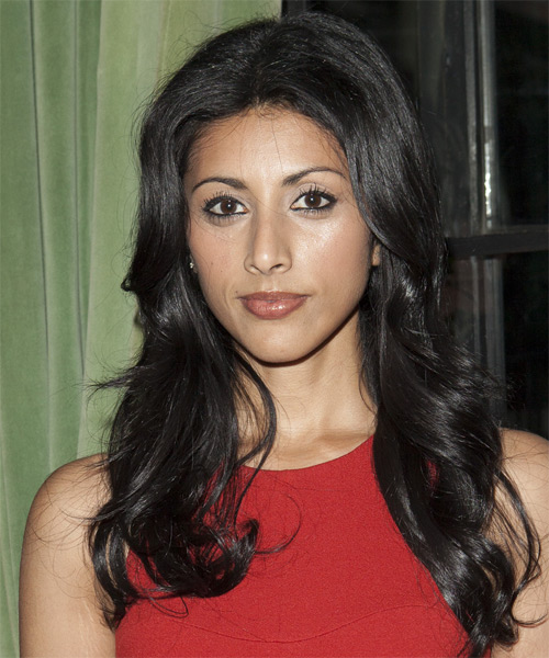 Reshma Shetty Long Straight Hairstyle - Black