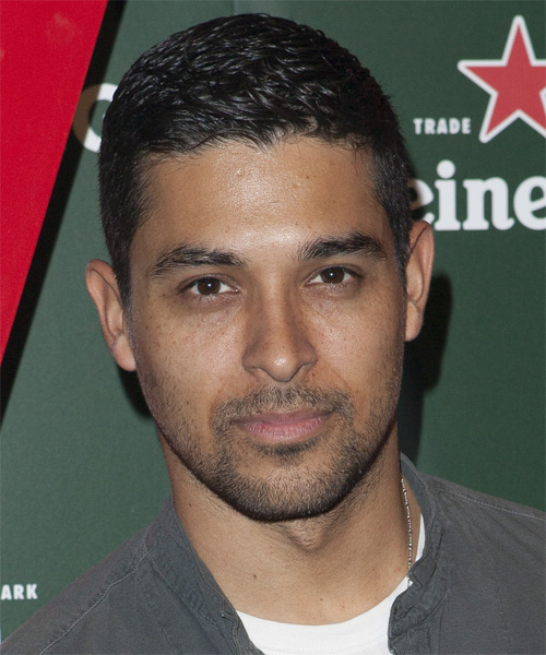 Wilmer Valderrama Short Straight Hairstyle
