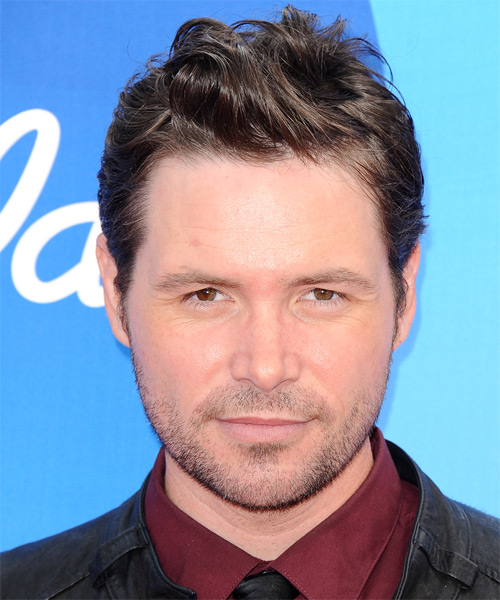 Michael Johns Short Wavy Hairstyle