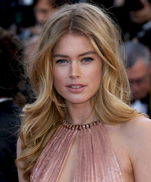 Doutzen Kroes Long Wavy Formal Hairstyle