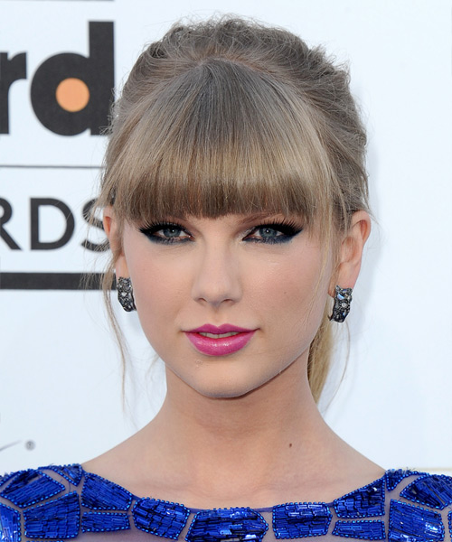 Taylor Swift Straight Casual Updo Hairstyle with Blunt Cut Bangs