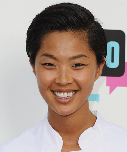 Kristen Kish Short Straight Hairstyle