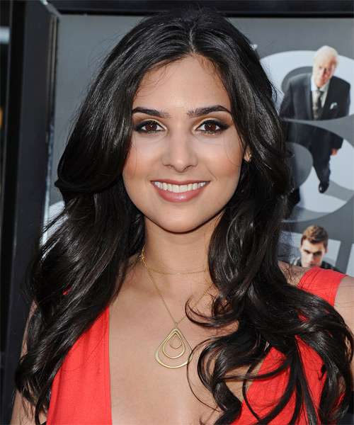 Camila Banus Long Straight Hairstyle