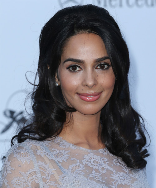 Mallika Sherawat Half Up Long Curly Hairstyle