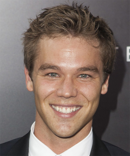 Lincoln Lewis Short Straight Casual Hairstyle - Light Brunette Hair Color