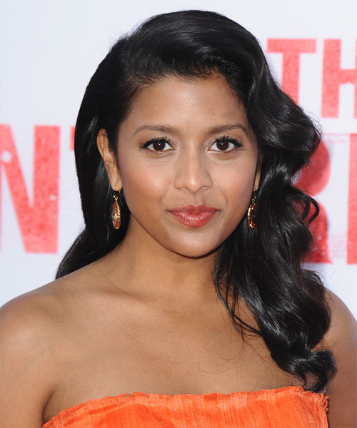 Tiya Sircar Long Wavy Hairstyle - Black