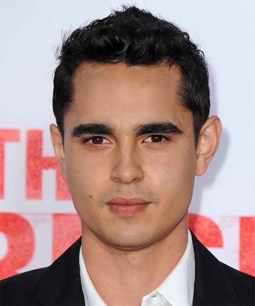 Max Minghella Short Wavy Hairstyle - Black