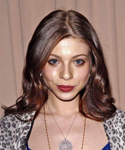 Michelle Trachtenberg Long Wavy Hairstyle