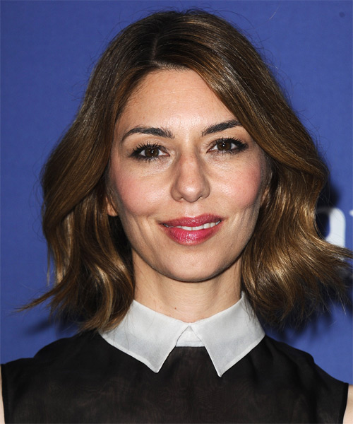 Sofia Coppola Short Wavy Hairstyle