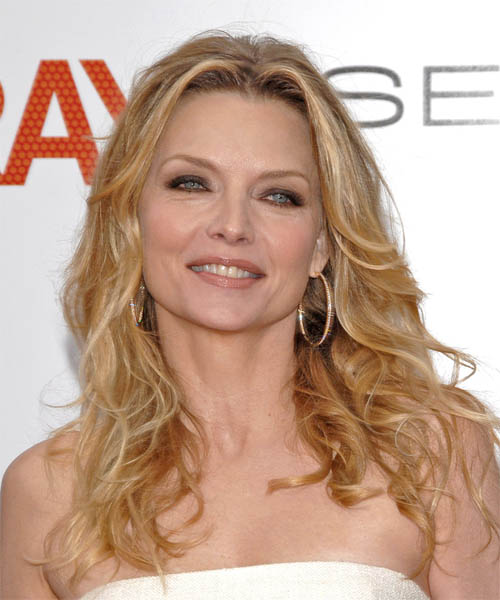 Michelle Pfeiffer Long Wavy Casual Hairstyle
