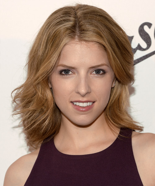 Anna Kendrick Medium Straight Casual