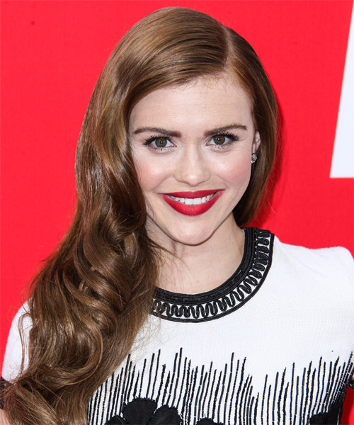 Holland Roden Long Wavy Hairstyle