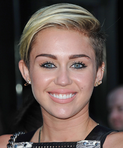 Miley Cyrus Short Straight Casual Hairstyle - Light Blonde (Ash) Hair Color