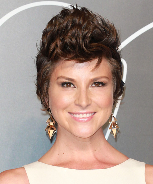 Diem Brown Short Straight Hairstyle