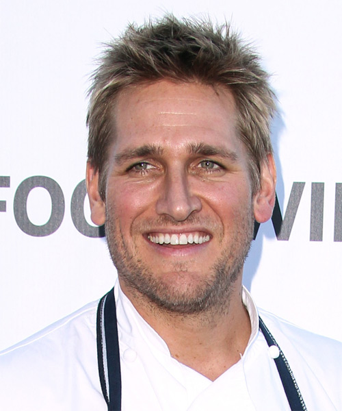 Curtis Stone Short Straight Casual Hairstyle