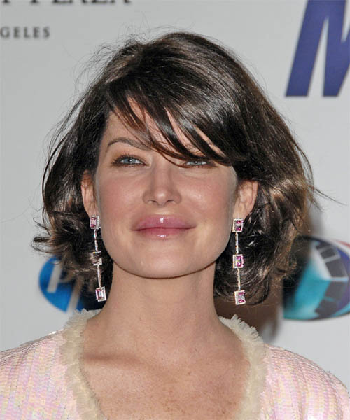 Lara Flynn Boyle - Casual Medium Wavy Hairstyle