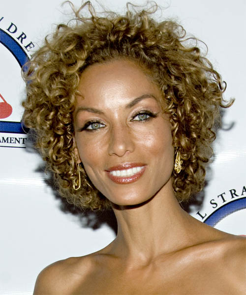 Nicole Mitchell Short Curly Casual Hairstyle