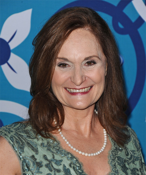 Beth Grant Medium Straight Casual Hairstyle