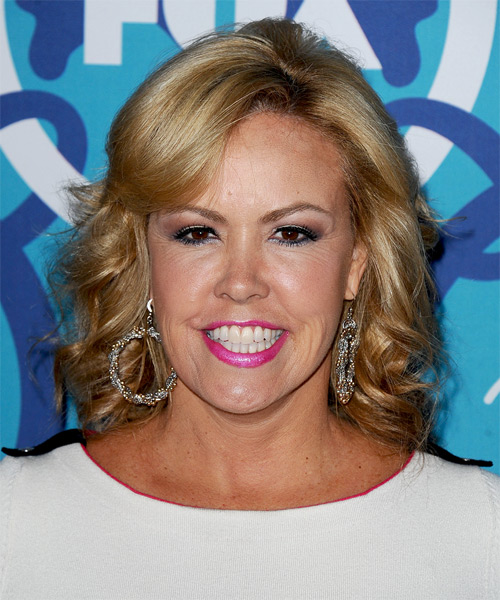 Mary Murphy Medium Wavy Hairstyle
