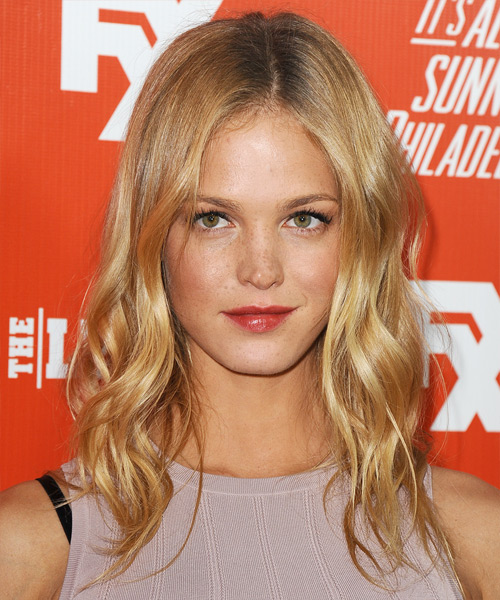 Erin Heatherton Medium Wavy Casual Hairstyle