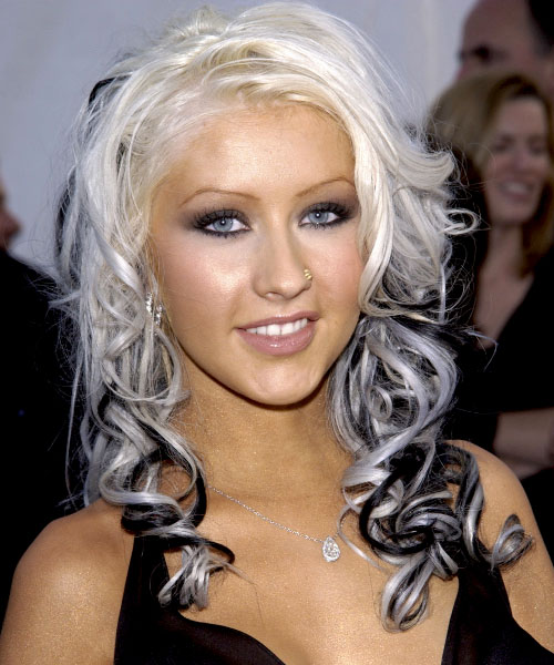 Christina Aguilera Long Wavy Alternative Hairstyle