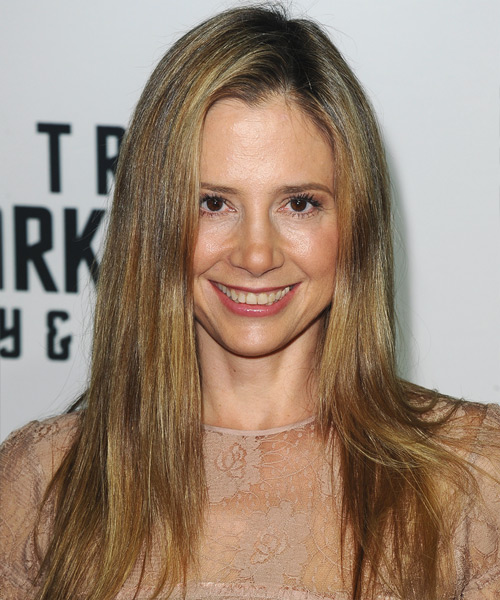 Mira Sorvino Long Straight Hairstyle