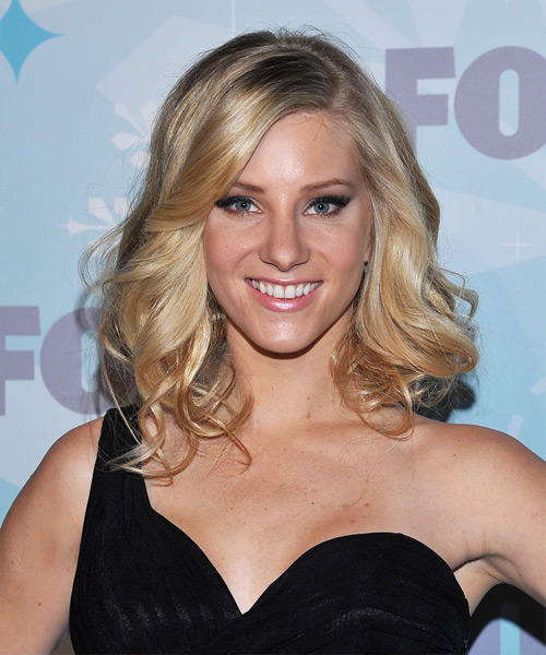 Heather Morris Medium Wavy Hairstyle
