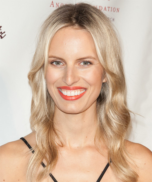 Karolina Kurkova Long Wavy Casual Hairstyle - Light Blonde (Champagne) Hair Color