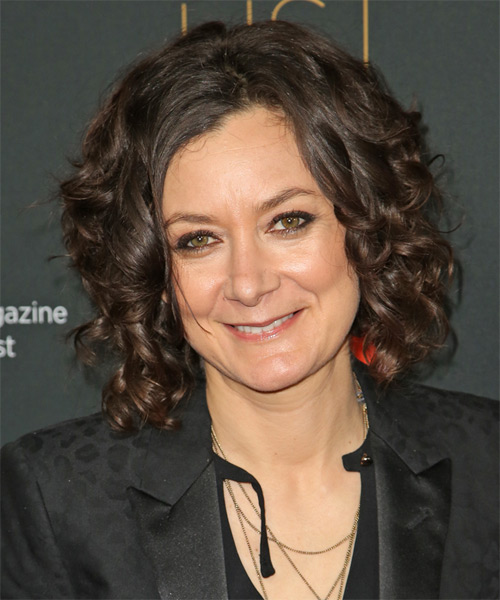 Sara Gilbert Medium Curly Formal  - Dark Brunette