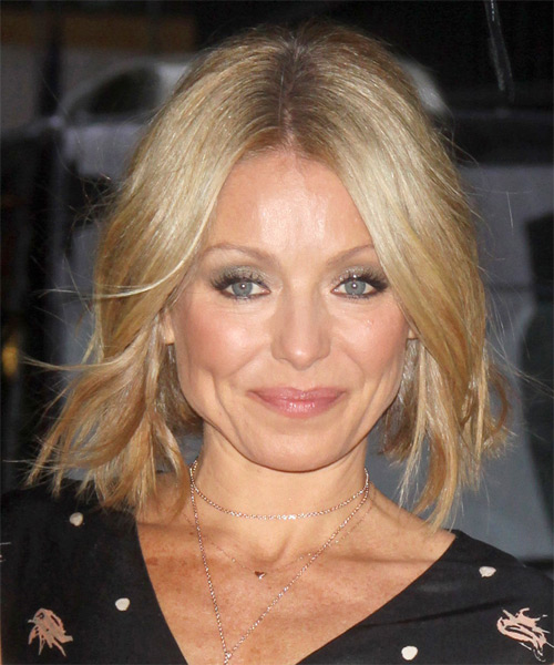 Kelly Ripa Medium Straight Casual Hairstyle - Medium Blonde (Honey) Hair Color