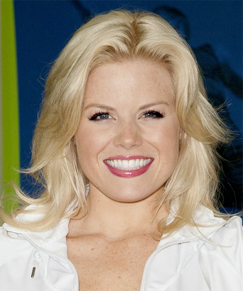Megan Hilty Medium Straight Casual Hairstyle - Light Blonde Hair Color