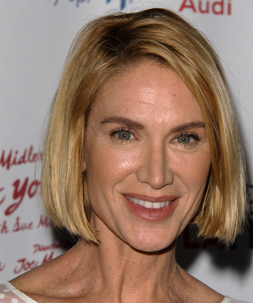 Kelly Lynch Short Straight Casual Hairstyle - Medium Blonde (Golden) Hair Color