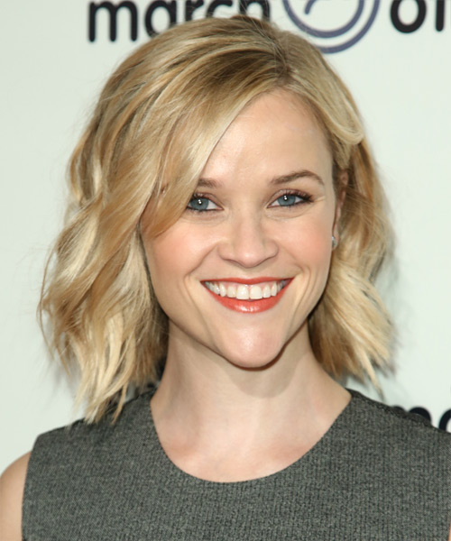 Reese Witherspoon Short Wavy Hairstyle - Light Blonde