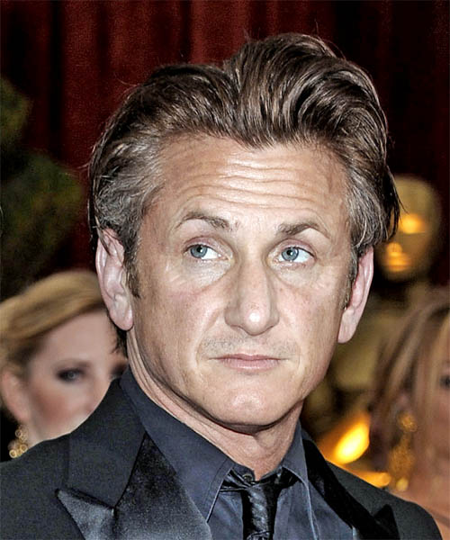 Sean Penn Short Straight Hairstyle