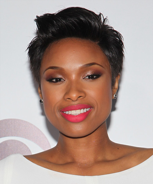 Jennifer Hudson Short Straight Hairstyle