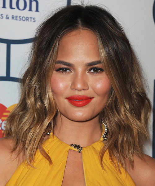 Christine Teigen Medium Wavy Casual Hairstyle - Dark Brunette Hair Color
