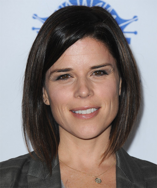 Neve Campbell Medium Straight Bob Hairstyle - Dark Brunette