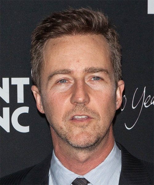 Edward Norton Short Straight Casual Hairstyle - Medium Brunette Hair Color