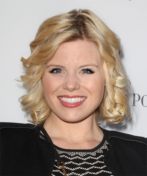 Megan Hilty Medium Curly Formal  - Medium Blonde (Golden)
