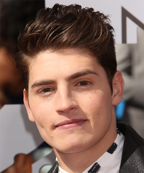 Gregg Sulkin Short Straight Hairstyle - Medium Brunette (Chocolate)