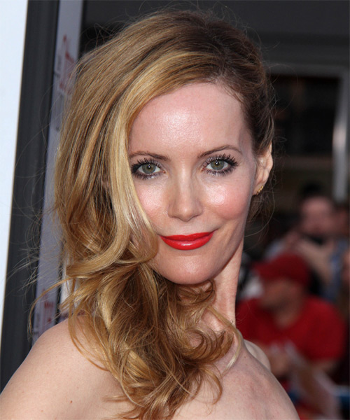 Leslie Mann Curly Formal Half Up Hairstyle Medium Blonde