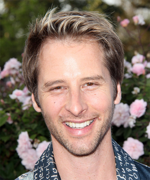 Chesney Hawkes Short Straight Casual Hairstyle - Medium Brunette (Chestnut) Hair Color