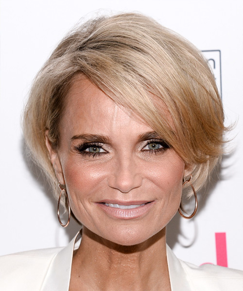 Kristin Chenoweth Short Straight Formal Hairstyle - Light Blonde Hair Color