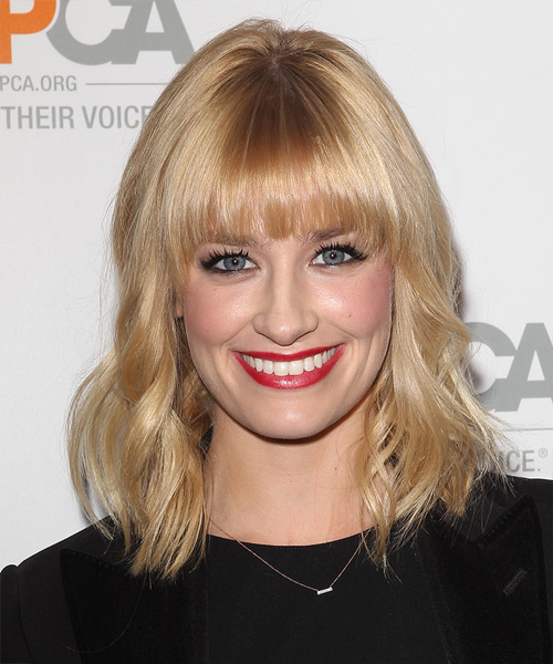 Beth Behrs Medium Wavy Hairstyle - Light Blonde (Honey)