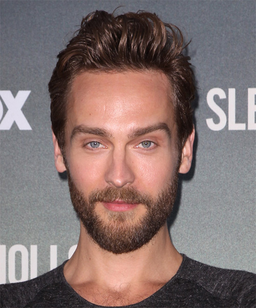 Tom Mison Short Straight Casual Hairstyle - Medium Brunette Hair Color