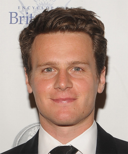 Jonathan Groff Short Straight Hairstyle - Medium Brunette