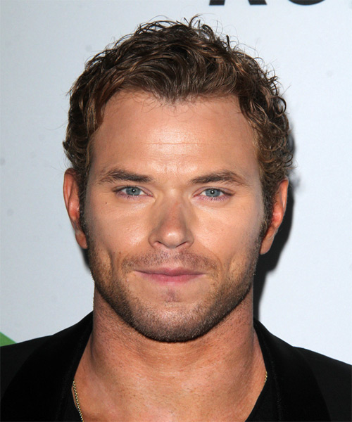 Kellan Lutz Short Wavy Casual Hairstyle - Light Brunette (Ash) Hair Color