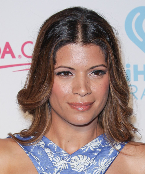 Andrea Navedo Medium Wavy Casual Hairstyle - Medium Brunette Hair Color