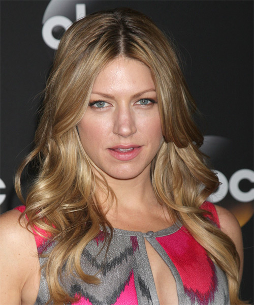 Jes Macallan Long Wavy Casual Hairstyle - Dark Blonde Hair Color